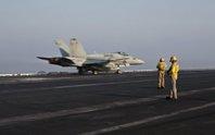 Mỹ bị tố bảo vệ IS sau khi không kích nhầm quân Syria