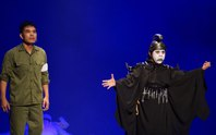 """""""Thần chết"""" của Bạch Long đoạt HCV liên hoan sân khấu quốc tế thử nghiệm"""