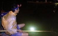 Trắng đêm săn cá lệch trên sông Đế Võng, Hội An