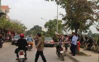 Người đàn ông gục chết trong xế hộp bên sông Tô Lịch