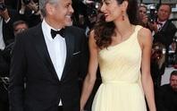 Vợ chồng George Clooney tình tứ trên thảm đỏ
