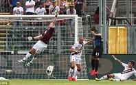 Hart mắc sai lầm hệt Bravo trận ra mắt Torino