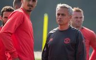M.U thua liên tục, Mourinho đổ lỗi Van Gaal