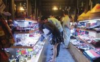 VÀO THẾ GIỚI CHỢ ĐÊM (*): Đi chợ, mua… bực mình