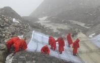 Nepal tháo nước hồ băng ở độ cao gần 5.000 m
