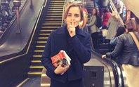"""""""Phù thuỷ"""" Emma Watson thực hiện âm mưu với sách"""