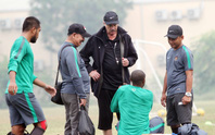 CĐV bóc mẽ chiêu trò của Indonesia, kêu gọi tuyển Việt Nam không chủ quan