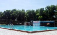 Đi học bơi, bé trai 10 tuổi đuối nước thương tâm