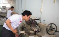 Môi giới Trung Quốc thao túng xuất khẩu lao động