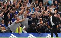 Chelsea thắng hú vía, HLV Conte ra mắt suôn sẻ