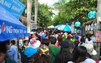 Mướt mồ hôi ở Lễ hội Bánh dân gian Nam Bộ