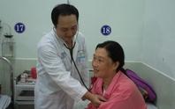 Cứu sống mẹ con thai phụ bị phình động mạch chủ khổng lồ