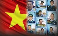Tổ quốc ghi công 10 liệt sĩ trong 2 vụ tai nạn máy bay