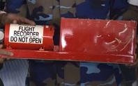 Vớt được hộp đen của máy bay CASA-212 cùng 2 thi thể