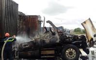 Hải Phòng: Lái xe dũng cảm cứu 4 xe bốc cháy