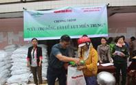 200 suất quà cứu trợ dân vùng rốn lũ Bình Định