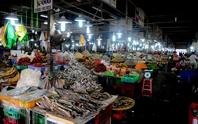 Khô mắm giá rẻ đủ loại ở chợ thủy hải sản lớn nhất TP HCM