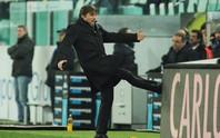 Pirlo cảnh báo cầu thủ lẫn ban lãnh đạo Chelsea