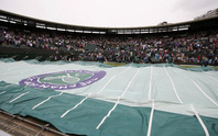 Clip: Sau Roland Garros, Wimbledon khổ vì mưa