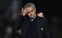 Mourinho thừa nhận M.U vất vả trước CLB đàn em