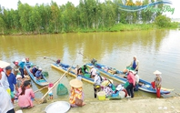 Bồi hồi phiên chợ quê mùa nước nổi