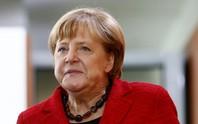 Bà Merkel tái tranh cử