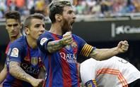 Hủy tuần trăng mật, Messi về Barcelona gia hạn hợp đồng