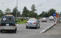 Đình chỉ nhiều cơ sở dạy lái xe chui, để học viên tự xử