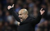 Jesus nghỉ 6 tuần, Guardiola gào thét với lịch thi đấu