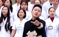 Bác sĩ hồi sức hòa giọng cùng Tùng Dương trong MV mới
