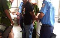Bảo vệ KCN tóm gọn 2 tên cướp giật điện thoại của cô gái