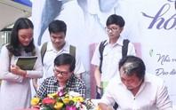 Nhà văn Nguyễn Nhật Ánh ra mắt ấn bản đặc biệt Cô gái đến từ hôm qua