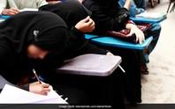 Giáo viên đẩy học sinh từ mái nhà xuống đất vì không quét lớp