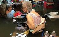 Mỹ: Bức ảnh gây sốc trong bão Harvey