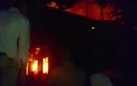Gần 200 cảnh sát PCCC TP HCM dập lửa ở quận 9