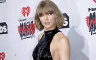 Taylor Swift ra tòa giải quyết vụ kiện sàm sỡ vòng ba