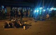 """""""Xế hộp"""" tông 12 ô tô, xe máy, 1 người chết, nhiều người bị thương"""