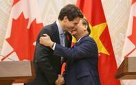 Thủ tướng Việt Nam - Canada nắm chặt tay nâng cấp quan hệ