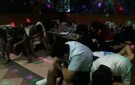 Đột kích quán karaoke, phát hiện hơn 50 người phê ma túy