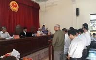 Tòa xử 14 cựu cán bộ Đồng Tâm: Quanh co, chối tội