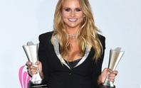 Miranda Lambert thắng lớn giải âm nhạc đồng quê