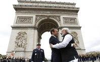 Pháp- Ấn Độ: Cái ôm nồng nhiệt chống sự nóng lên của toàn cầu
