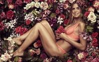 Siêu mẫu Heidi Klum khoe dáng bằng nội y