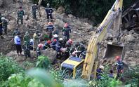 Thiệt hại quá nặng nề do mưa lũ: 93 người chết và mất tích