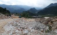 Khai thác khoáng sản, đồi núi tan hoang