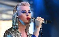Katy Perry bị bác sĩ thú y chỉ trích thiếu hiểu biết