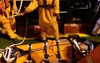 Cứu thuyền viên người Trung Quốc bị nạn trên biển