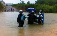 Bão số 4: Đổ bộ vào Quảng Bình gây mưa lớn, nhiều nơi bị ngập