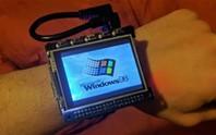 Biến máy tính mini thành smartwatch Windows 98