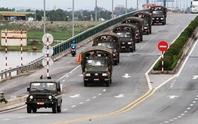 Quân khu 4 điều 400 chiến sĩ tới Hà Tĩnh giúp dân sau bão